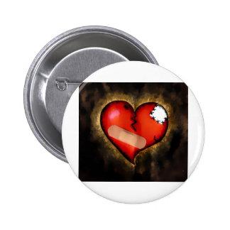 corazón quebrado pin