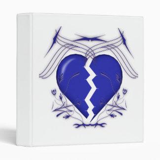 Corazón quebrado y gráficos tribales: Carpeta de