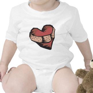 Corazón reparado trajes de bebé