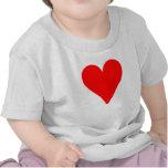 Corazón rojo camisetas