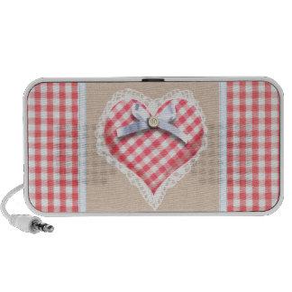 Corazón rojo de la guinga con el gráfico del arco iPhone altavoz