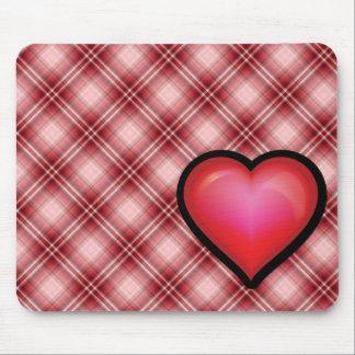 Corazón rojo de la tela escocesa alfombrillas de ratones