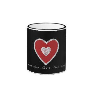 Corazón rojo del amor taza