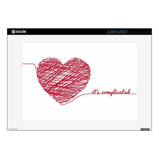 Corazón rojo del caos con el texto, ha complicado portátil calcomanías