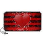 Corazón rojo del emo punky gótico con las rayas ne sistema altavoz