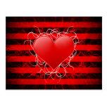 Corazón rojo del emo punky gótico con las rayas postales