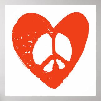 Corazón rojo del Grunge con el signo de la paz Poster