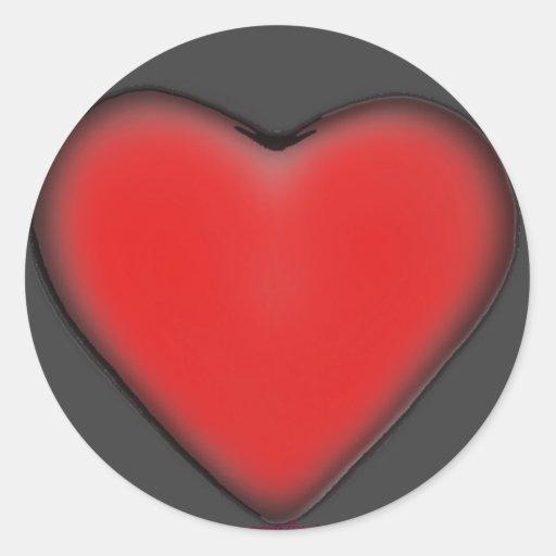 Corazón rojo en los pegatinas grises pegatina redonda