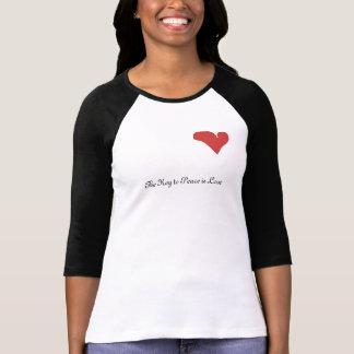 Corazón rojo - la llave a la paz es camiseta del