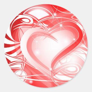 Corazón rojo tribal que desea la tarjeta pegatina redonda