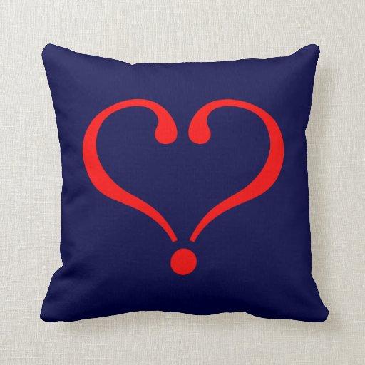 Corazón rojo y amor abierto en día de San Valentín Cojin