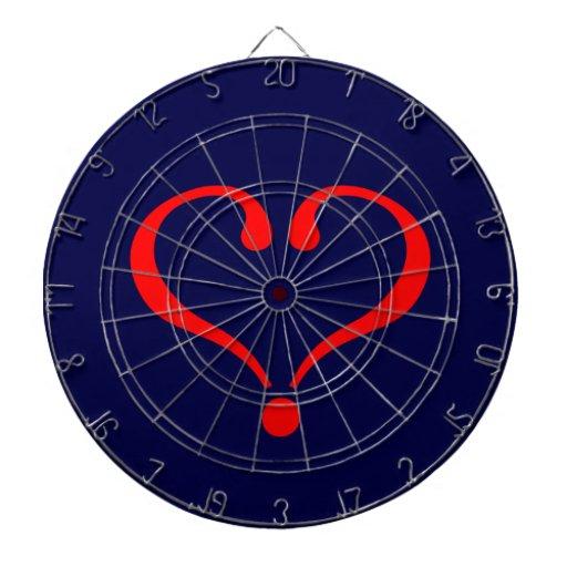 Corazón rojo y amor abierto en día de San Valentín Tabla Dardos