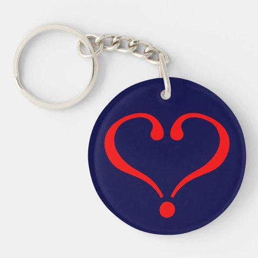 Corazón rojo y amor abierto en día de San Valentín Llaveros