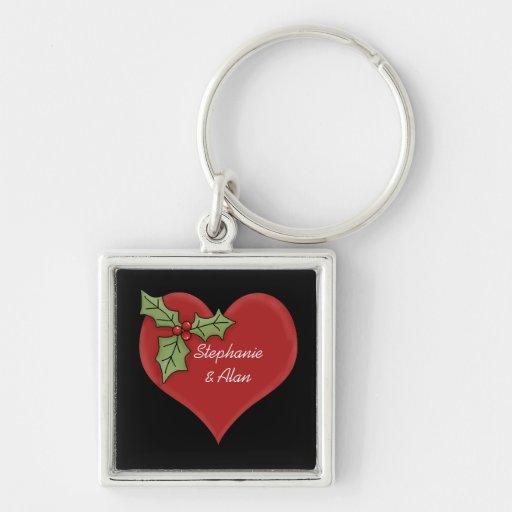 Corazón rojo y llavero verde del acebo