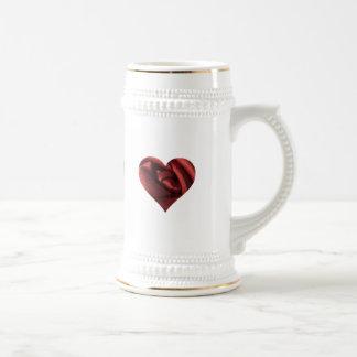 Corazón romántico del rosa rojo jarra de cerveza