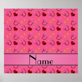 Corazón rosado conocido personalizado del vendaje póster