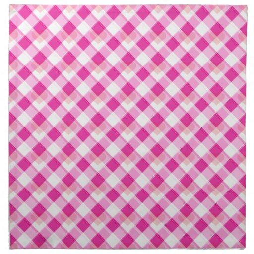 Corazón rosado de la tela escocesa servilleta imprimida