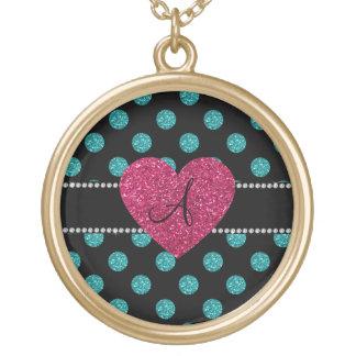 Corazón rosado de los lunares de la turquesa del colgante redondo