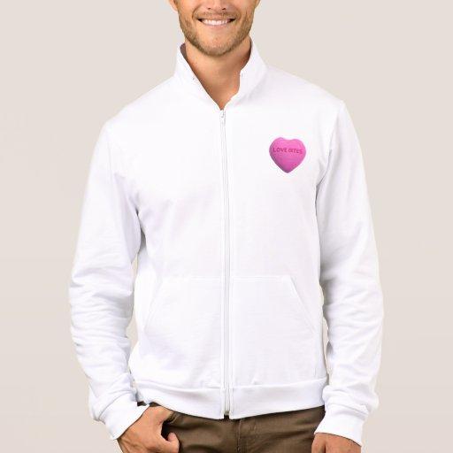 Corazón rosado del caramelo de las mordeduras de chaqueta deportiva