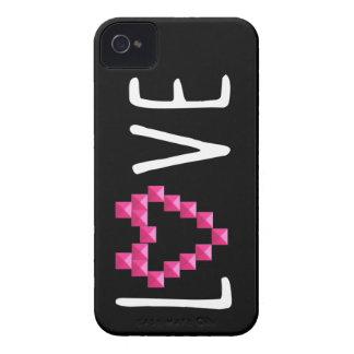 Corazón rosado tachonado amor iPhone 4 Case-Mate cárcasa