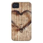 Corazón rústico de la guita del país en la impresi iPhone 4 protectores
