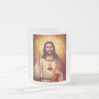 Corazón sagrado religioso hermoso de la imagen de taza de cristal