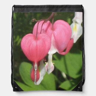 Corazón sangrante floral - mochila del lazo