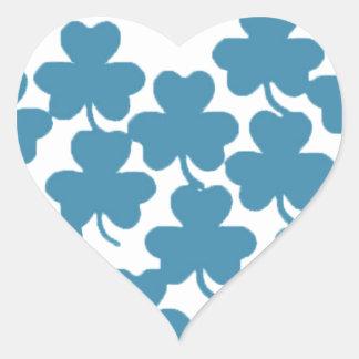 Corazón-St irlandés Patricks del trébol Pegatina En Forma De Corazón