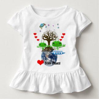 ¡Corazón su planeta! Extranjeros ultra lindos Polera