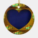 Corazón sutil en el oro ornamentos de reyes magos