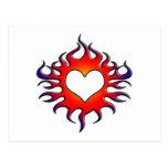 corazón tribal de las llamas tarjetas postales
