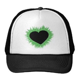 Corazón verde de la llama gorras