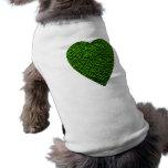 Corazón verde. Diseño modelado del corazón Camisetas De Perro