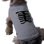 Corazón verde esquelético camiseta de perro