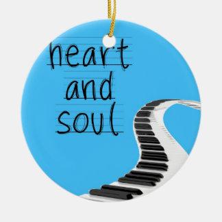 Corazón y alma adorno redondo de cerámica