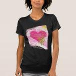 Corazón y arco abstractos rosados camiseta