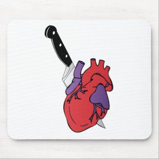 corazón y cuchillo alfombrillas de ratones