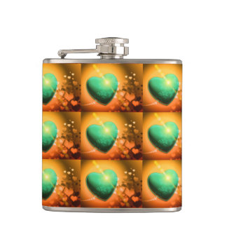 Corazón y trébol verdes anaranjados del fondo w de