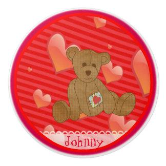 Corazones adorables del rojo del oso de peluche de pomo de cerámica