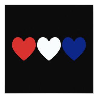 Corazones blancos y azules rojos invitación 13,3 cm x 13,3cm