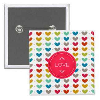 Corazones coloridos y una puntada del amor pin