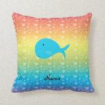 Corazones conocidos personalizados del arco iris almohada