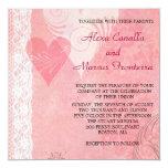 Corazones de encaje que casan la invitación