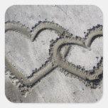 Corazones de la arena de la playa calcomania cuadradas personalizadas