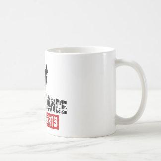 Corazones de la danza de rotura no tazas de café