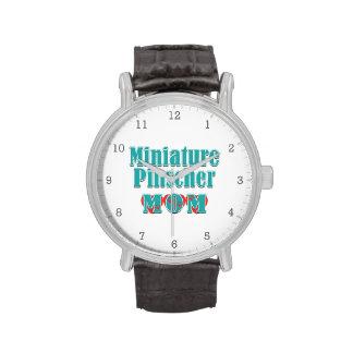 Corazones de la mamá del Pinscher miniatura Reloj De Mano