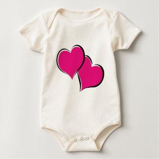 Corazones de los corazones de los corazones mamelucos de bebé