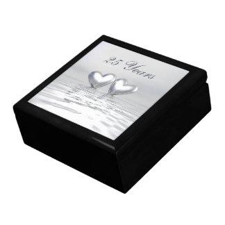 Corazones de plata del aniversario caja de joyas