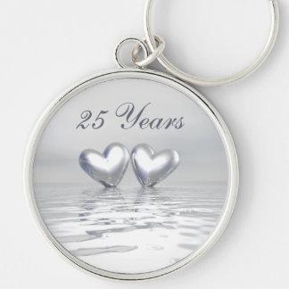 Corazones de plata del aniversario llaveros