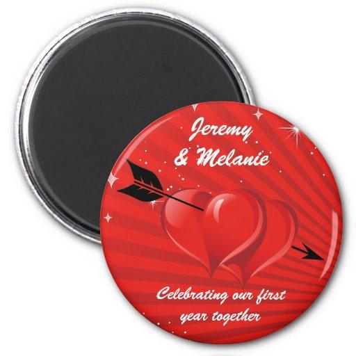 Corazones del amor con el imán del aniversario de